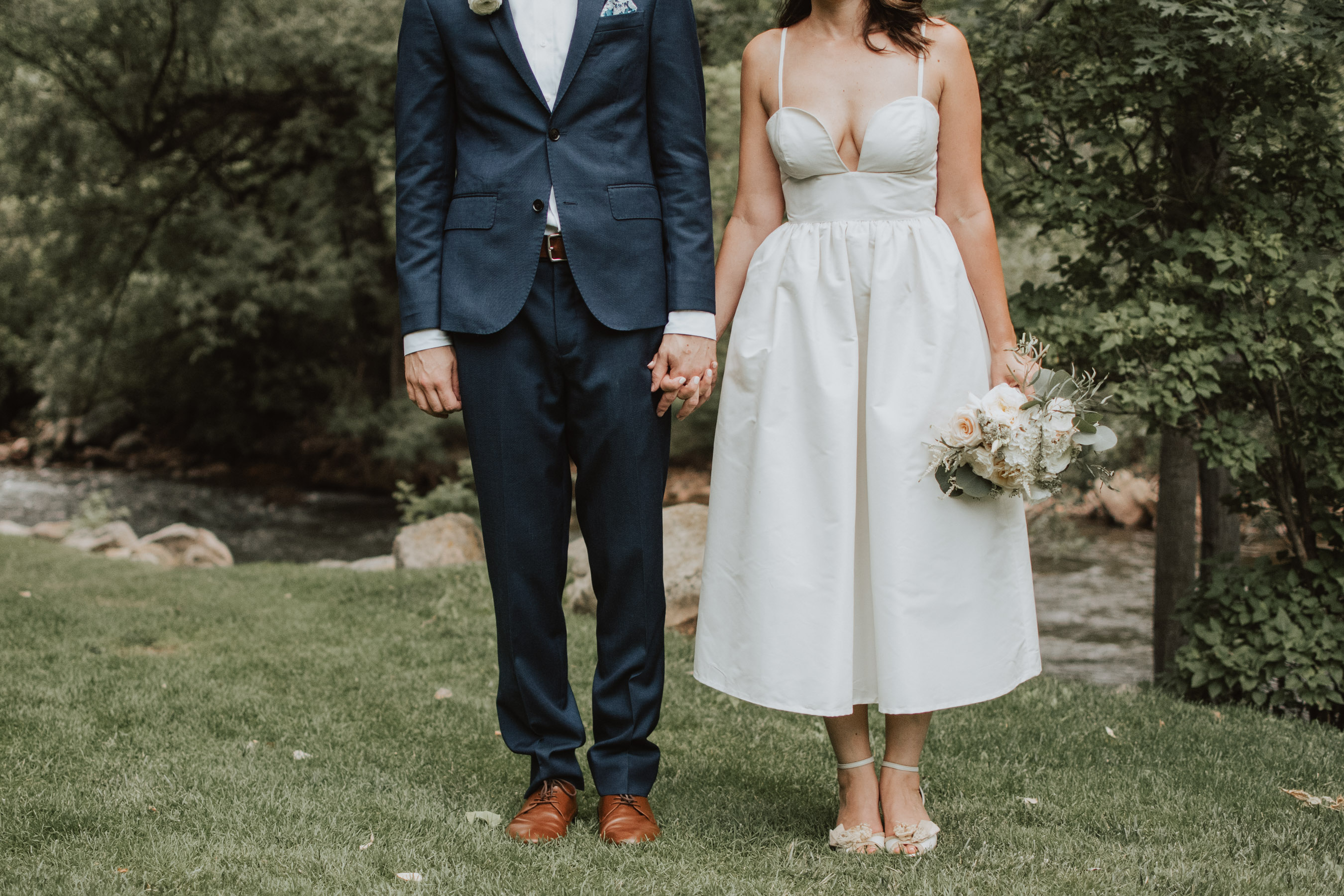 boulder wedding photographer colorado wedding photo couples short-wedding-dress