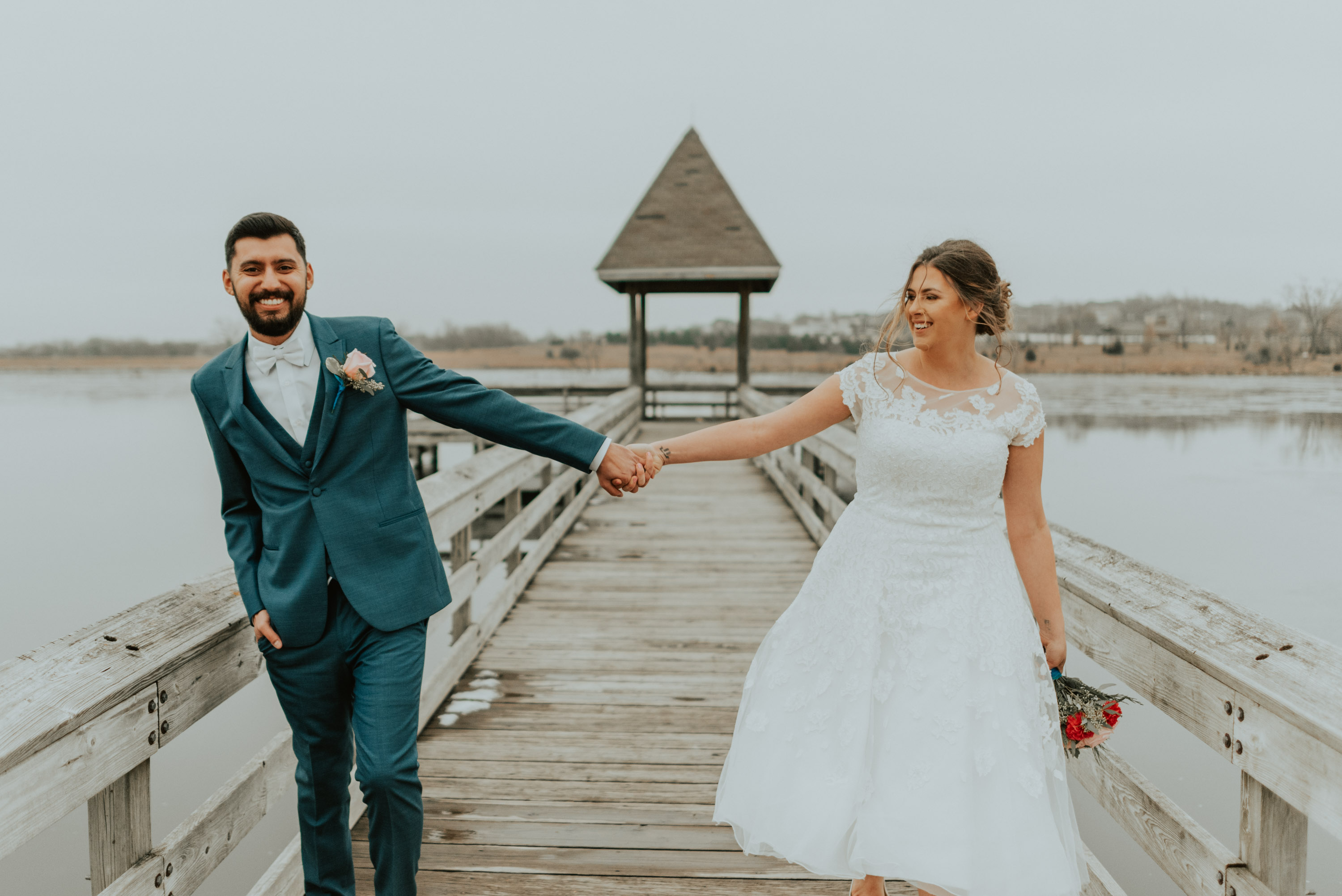 emily gabriel papillion nebraska elopement lakeside wedding photography