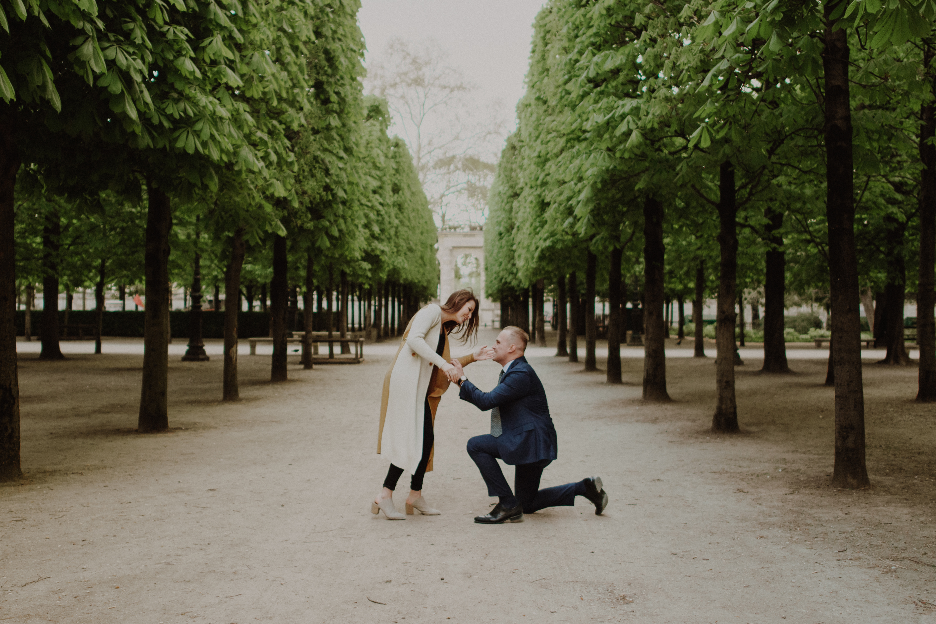 you know it's the real deal when he flies across the PLANET to surprise propose. catherine is one lucky lady to have jensen. after weeks of planning, choosing the perfect ring, and packing for his long flight and short trip, he surprised catherine at the tuileries gardens in paris, france to ask her to be his WIFE.