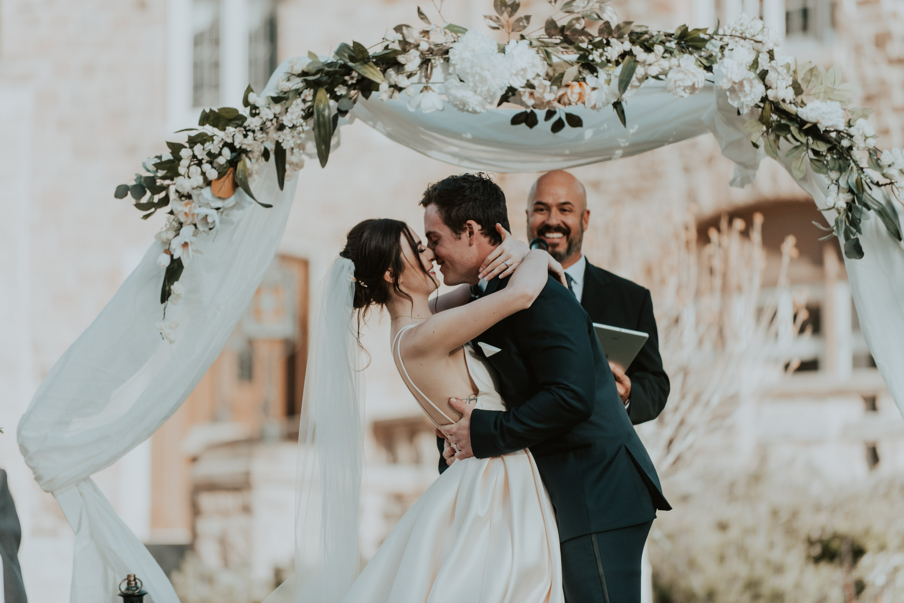 devyn+coleton tied the knot at the highlands ranch mansion in highlands ranch colorado on the perfect spring day in may! devyn+coleton tied the knot at the highlands ranch mansion in highlands ranch colorado on the perfect spring day in may!