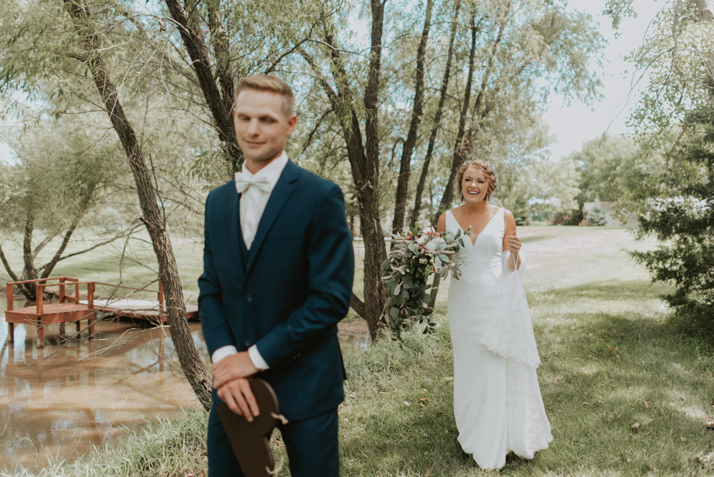 bride and groom first look for wedding ceremony in pickerell-lincoln nebraska