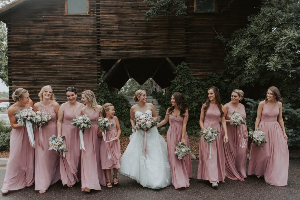 bridal party at weddin gat the barn at raoon creek in ken caryl colorado